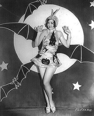 vintage halloween girl picture