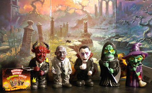 screamy meemy halloween dolls