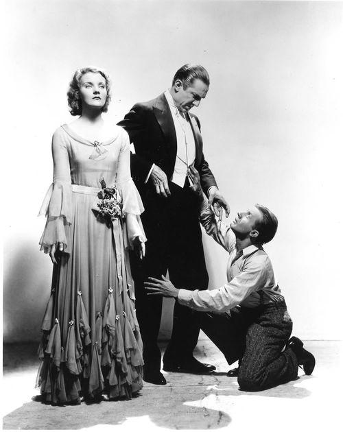 Dracula publicity photo with lugosi