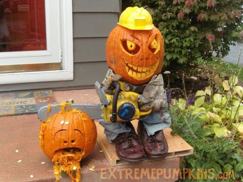 The-chainsaw-pumpkin-guy-2