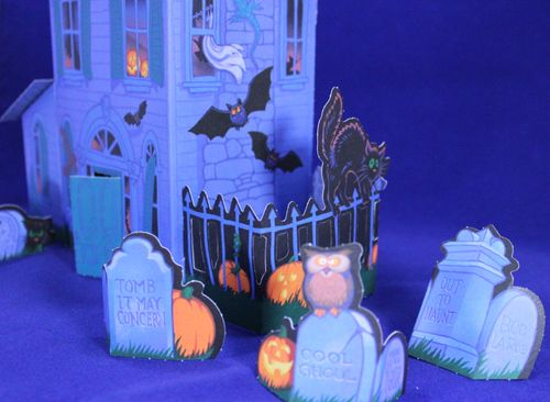 halloween hallmark haunted house centerpiece  1987   from
