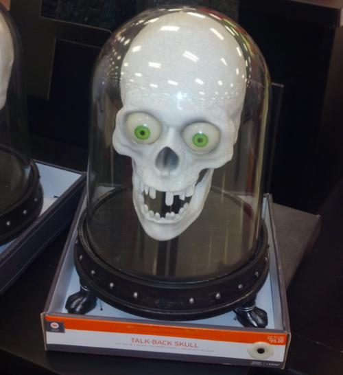 Talk-back-skull