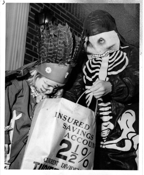 Halloween press photo cleveland press 1950