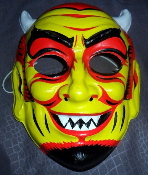 Devil mask collegeville batsblood 1