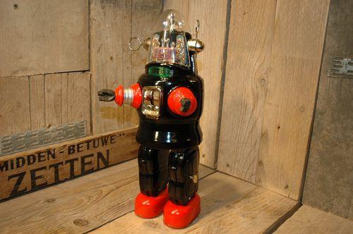 Nomura-robot-13