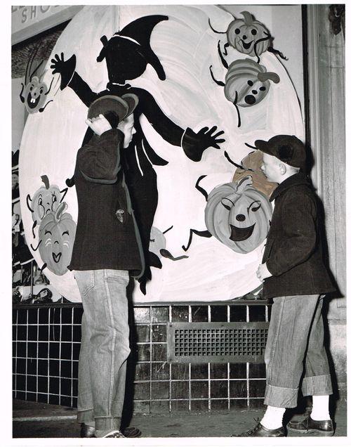 Halloween press photo 1952 cleveland