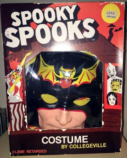 Spooky spooks batman houtexbuff 1