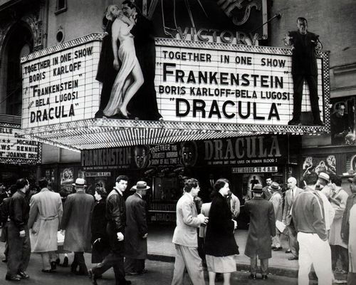 Frankie-dracula-marquee
