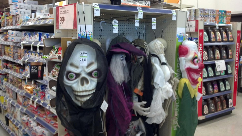 walgreens halloween skull and clown heads - Walgreens Halloween Decorations