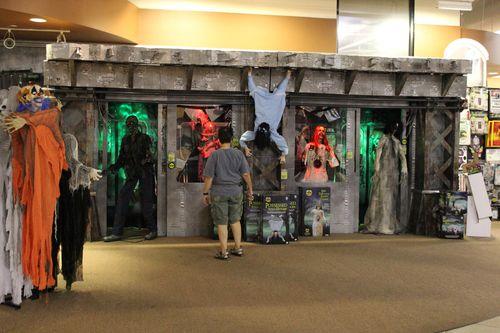 Spirit halloween 2015 zombie subway