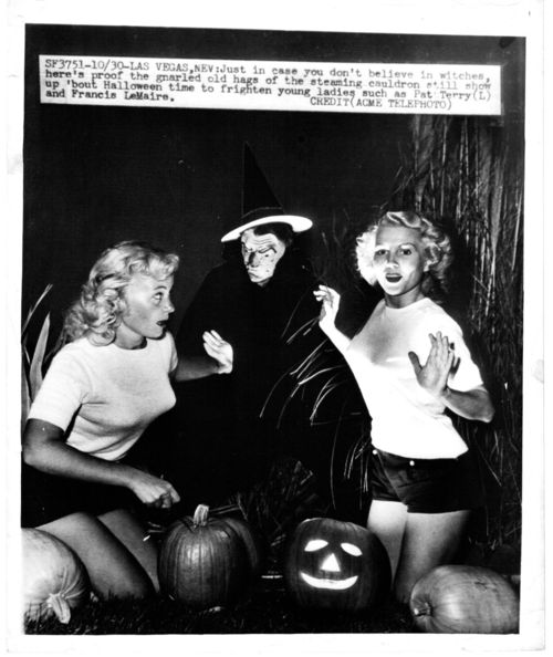 Halloween press photo 1949 las vegas