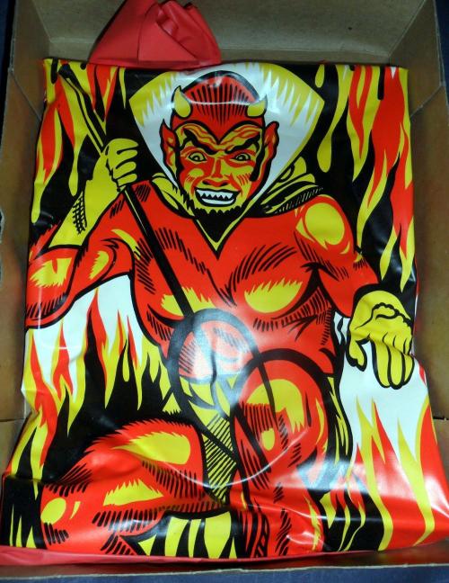 Devil mask collegeville batsblood 3