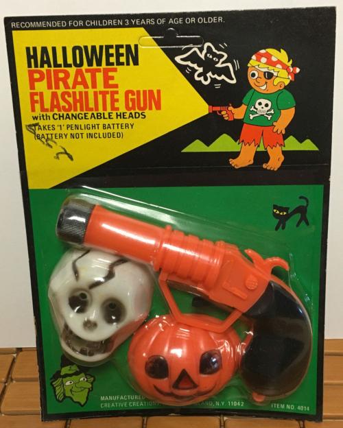 Halloween pirate flashlight