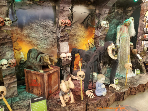 Spirit halloween 2020 11